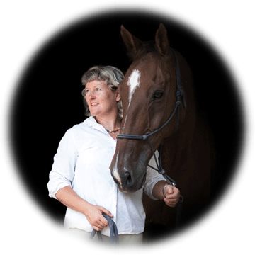 claire-morin5-equitation-relationnelle-developpement-personnel-cheval.png